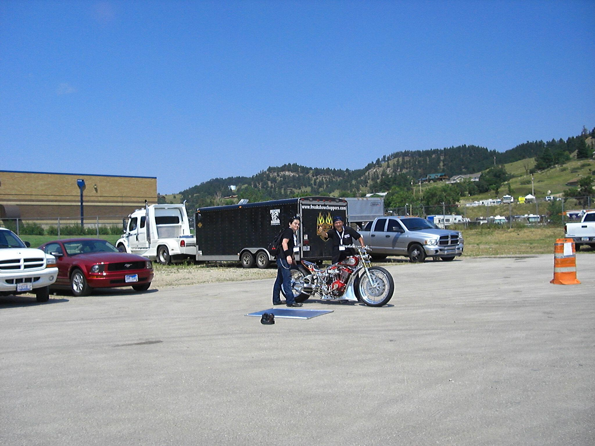 Who is this Sturgis 2007 Red-Gladiator