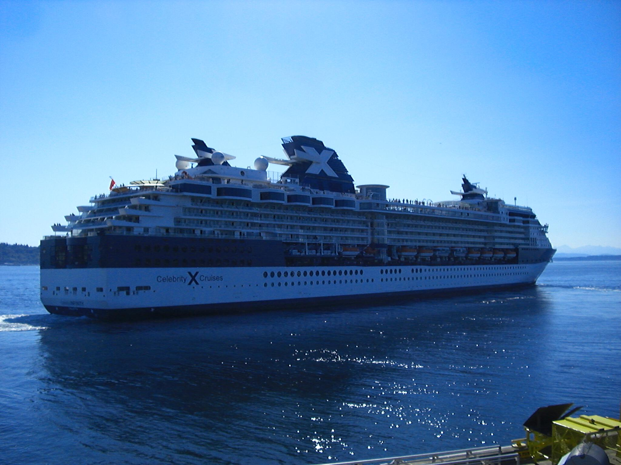 Celebrity Cruises passes the Bell Harbor Conference Center 2008