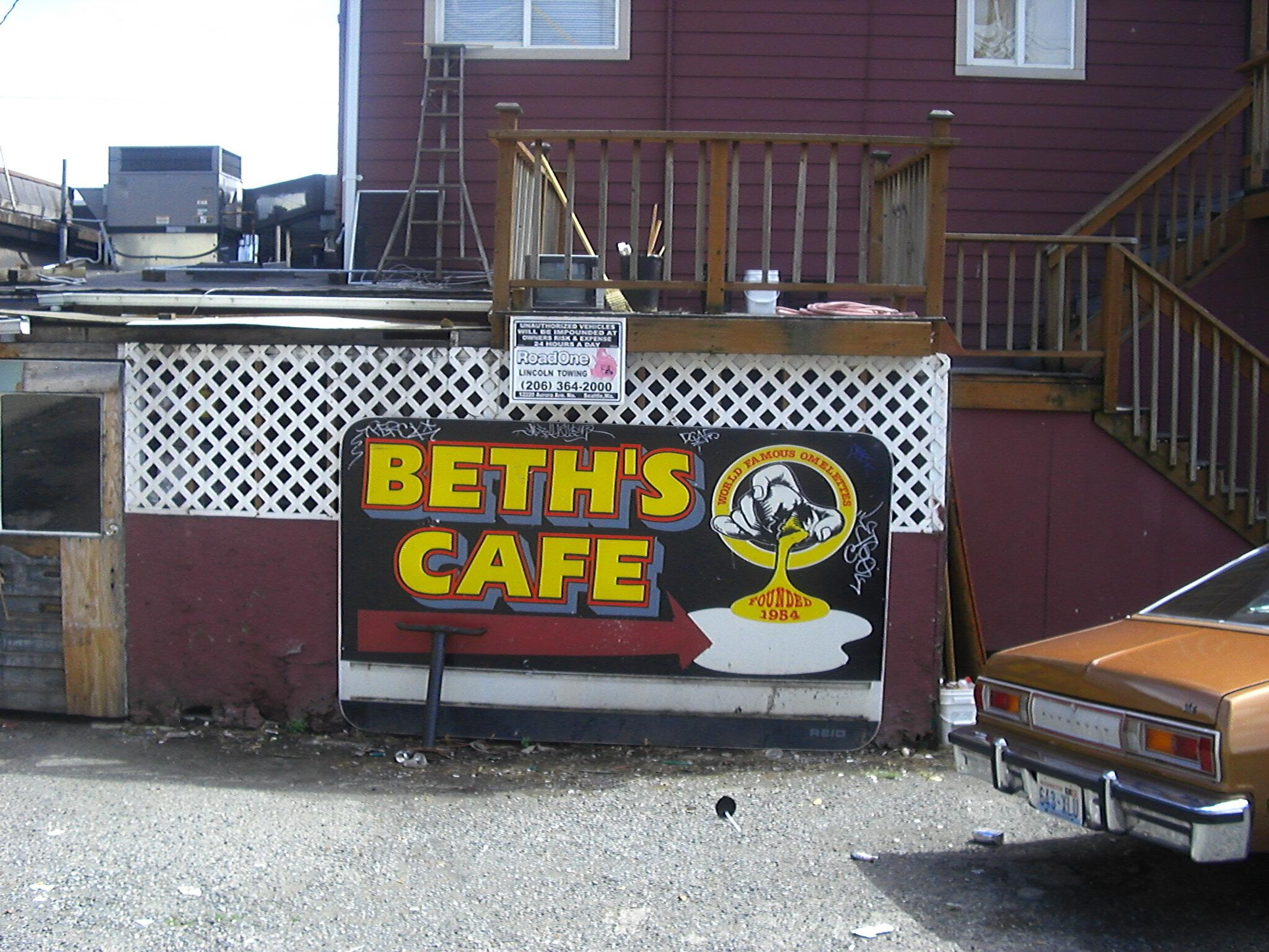Man vs Food visits Seattle and Beth's Cafe